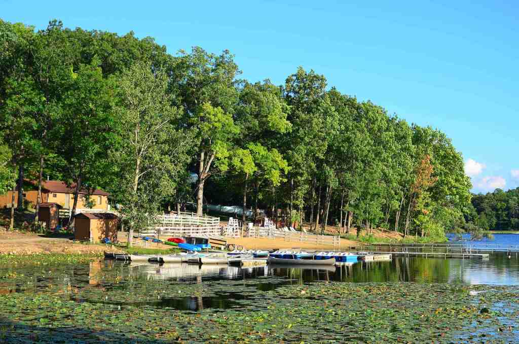 Michindoh lake with boats